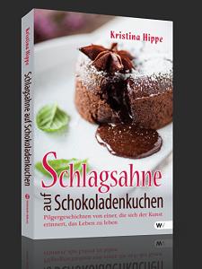 Schlagsahne auf Schokoladenkuchen